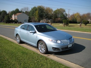 2009 Lincoln MKS Front