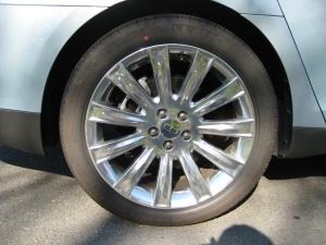 2009 Lincoln MKS Wheel