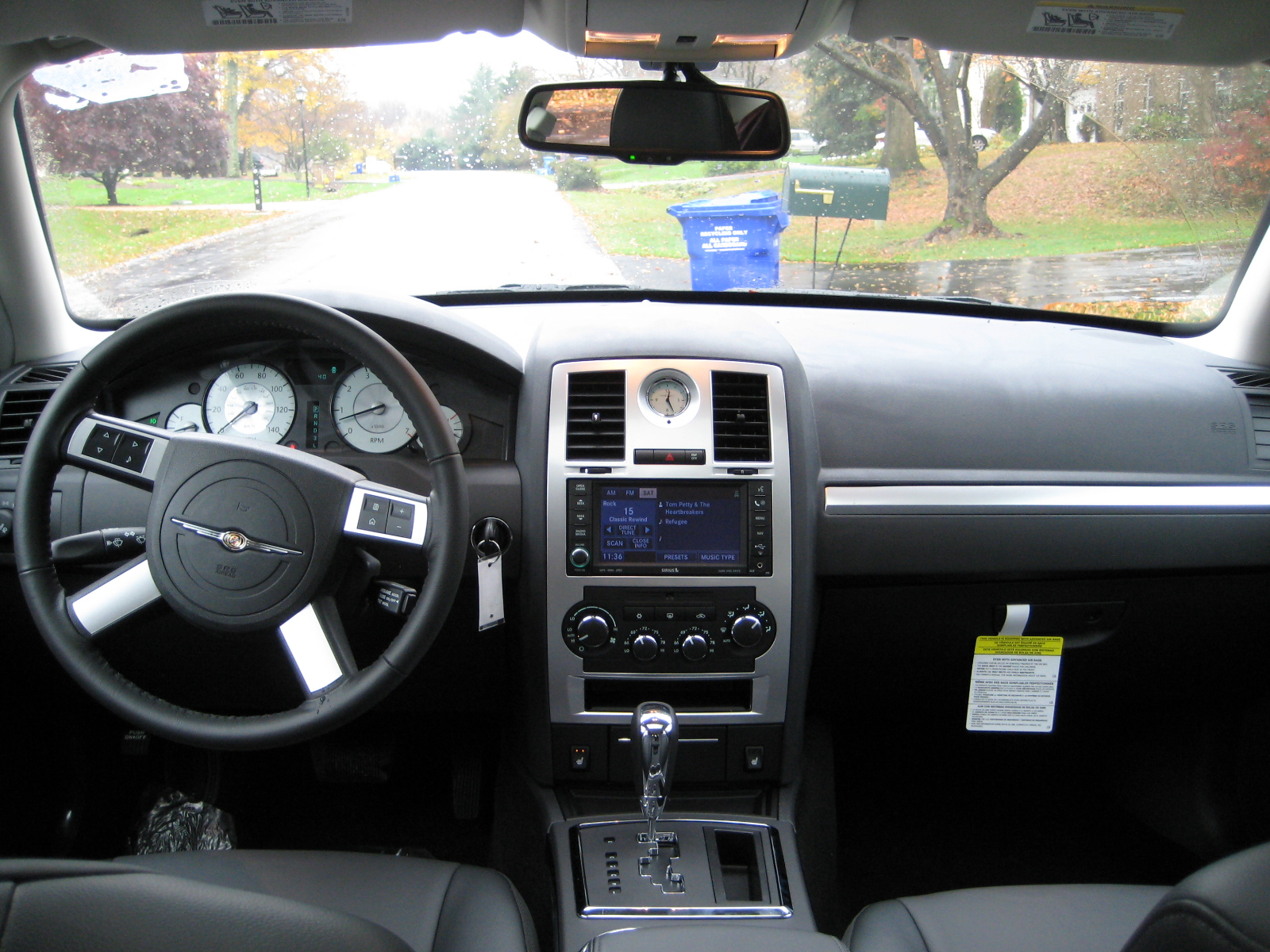 2009 chrysler 300 interior